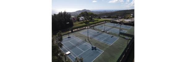 Waialae Iki 5 Tennis Courts - Diamond Head Backdrop